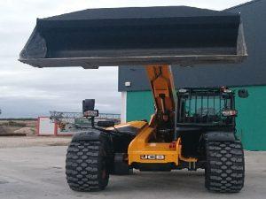 maquinaria-galeria3-construcciones-cozuelos-segovia